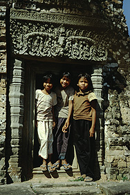 Angkor: children in the Eastern Mebon